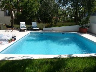Villa Moniketa - quiet Pula city neighborhood