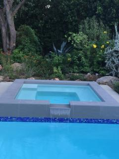Hot-tub flowing into pool!