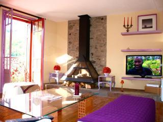 Casa de piedra en el Pirineo Oriental