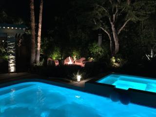 Beautiful gardens wit amazing nighttime lighting!