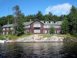 Historic Warren Point Lodge, Tupper Lake
