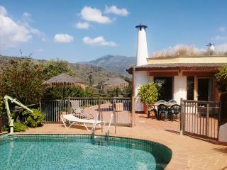 Colina Tropical: quiet, spacious, great view, pool, Jete