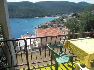Two bedroom apartment Vrkljan for 4 people, Rabac