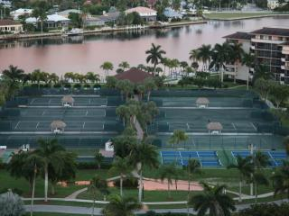 Sea Mar Condo: Marco Island Penthouse on 19th Floor