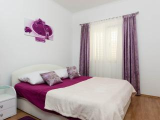 TH01899 Apartments Antonia / Two Bedroom Apartment A1, Okrug Gornji