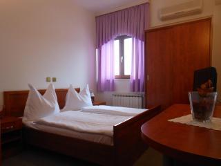 Th01667 Rooms Martin / Double Room S7, Podstrana