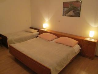 TH01662 Apartments Miljak / One bedroom A1, Podstrana