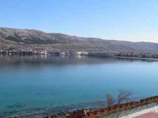 TH01279 Revelin Guest House / Room S8, Pag