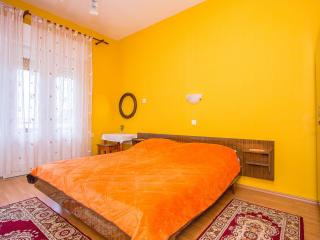 TH02878 Apartments Pende / Two Bedrooms A2, Rab Island