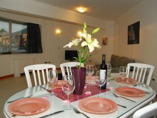 TH03525 Apartments Milan / Two Bedrooms A3, Makarska