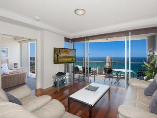 BEST OCEAN VIEWS BEST VALUE CENTRAL SURFERS a2392, Surfers Paradise