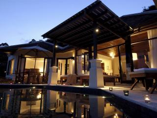 Four Bedroom Sea View Pool Villa - 2