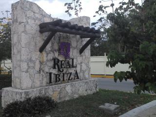 Casa en Fracc. Real Ibiza Playa del Carmen Mexico