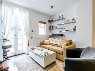 Notting Hill Luxury Apt. & Garden, London