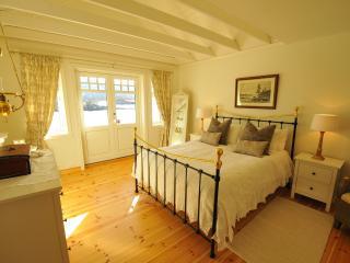 Spacious, high standard accommodation., Glomset