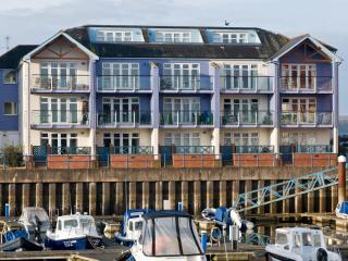 19 Madison Wharf, Exmouth Marina