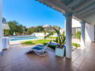 Villa El Rancho, Modern detached 4 Bedroom Rural Villa & Private Pool