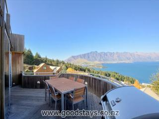 Wynyard Wombat Lodge, Queenstown