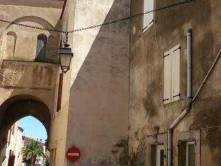 La Mignonne. Maison au cœur du village historique., La Palme