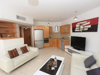2 bedroom apartment with garden, Eilat