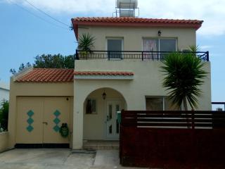 Two Bedroom Family Holiday Villa, Kissonerga
