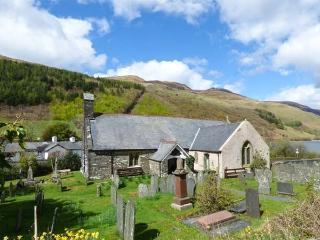 ST. MARY'S, converted Grade II* listed church, original featurs, walks from the door, Tal-y-Llyn, Ref 26732, Tywyn