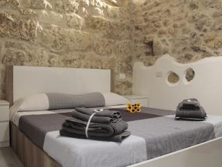 Jureca Guest House - Suite Apartment in Ortigia