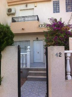 Playa Flamenca THREE bed town house for holidays., Alicante