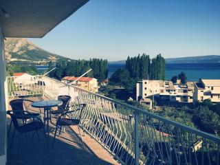 Sea view apartment with 2 bedrooms, Omis