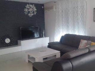 Modern 3 bedroom apartment, Okrug Gornji