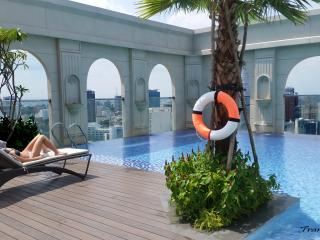 3 bedroom mini penthouse /Rooftop pool/ in Central, Ho-Chi-Minh-Stadt