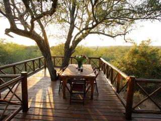 Majuli Treehouse in Marloth Park beside Kruger