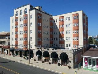 Historic Beach Block Condo, Ocean City