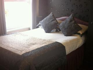 Stretton Guest House, Single-Ensuite with Shower, Stratford-upon-Avon