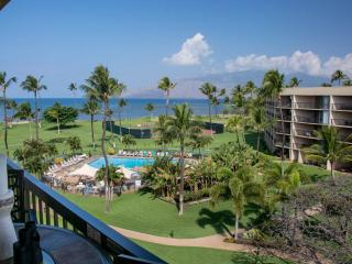 BEACHFRONT PENTHOUSE AMAZING VIEW HEAVENLY KINGBED, Kihei