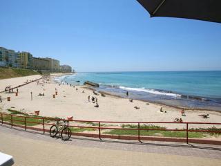 Vista de la playa de Santa María del Mar,  a 300 metros del apartamento