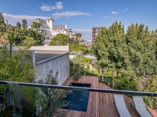A Fully-Furnished Contemporary View Property