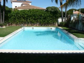 Apartamento lujo, 1 dormitorio, piscina privada, El Portil