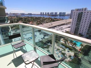 Modern 2 Bedroom Bay View OR1610, Sunny Isles Beach
