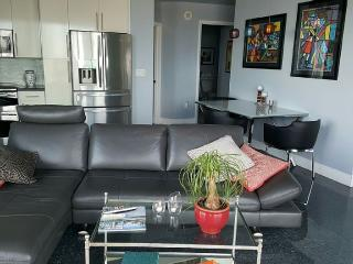 2/2 Fully Remodeled Condo in the Heart of Miami