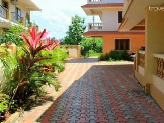 Amazing 3bhk G+1 Row villa Nerul, Candolim