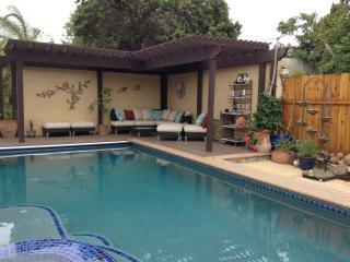Mid-City Guest House, spacious getaway w/ Pool, San Diego