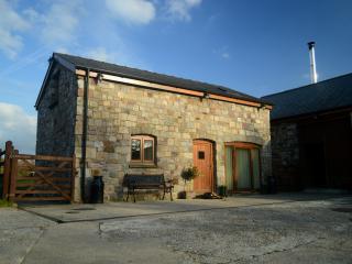 Beudy Bach Barn
