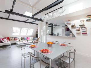 onefinestay - Rue d'Amsterdam II private home, Paris