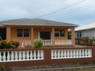Fully furnished 3 bedroom, 2 bathroom. Long-term