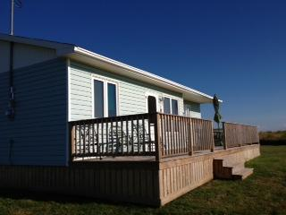 Cozy Clean NorthShore PEI - A Darnley Retreat, vacation rental in Ellerslie