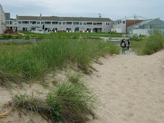 Cape Cod Condo on Beach, Dennis Port
