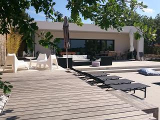 Villa contemporaine avec vue sur la pinède