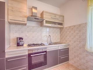 2 x apartment  -129/2/3, Pula