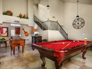 5 bed/2.5 bath home - Minutes from Scottsdale, Glendale